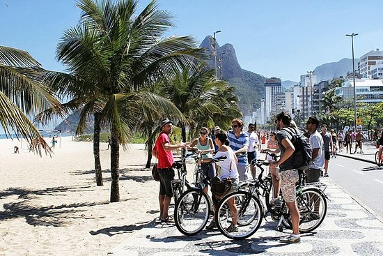 Excursão extrema de bicicleta para...