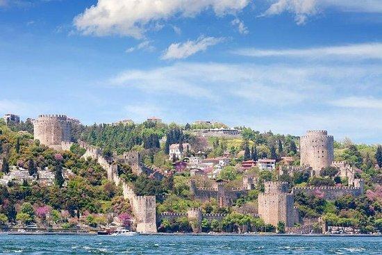 Istanbul Bosphorus und zwei...