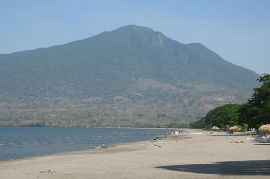 Hike Maderas Volcano in Ometepe Island