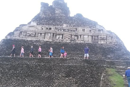 Xunantunich Day Trip fra Belize City