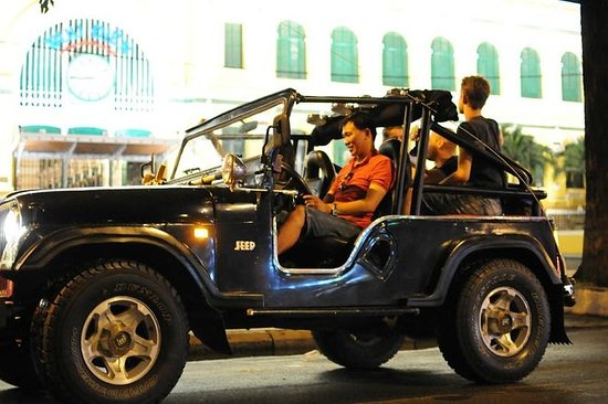Privat Jeep City Tour Saigon på ...