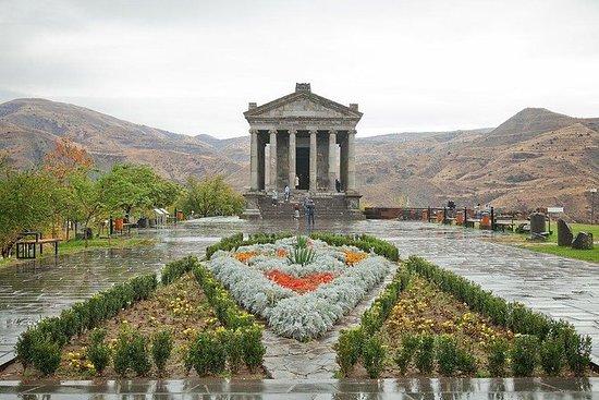 Il tempio di Garni, Geghard e una