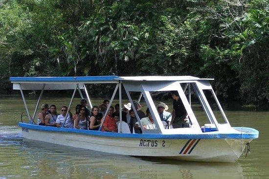 Excursion en bateau au parc national...