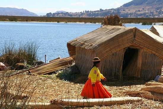Uros Floating Islands Halvdagstur fra...