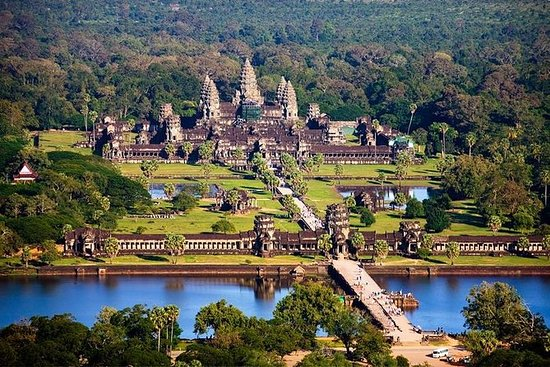 Siem Reap City Tour Including Apsara...