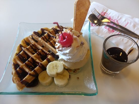 Swensen's Ice Cream Photo