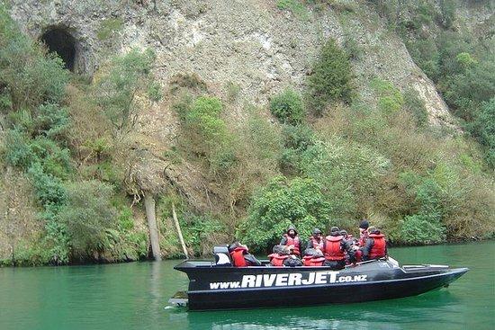 Explosión del barco del río Waikato