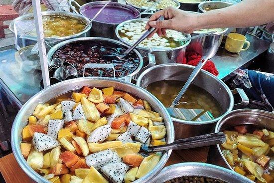 Walking street food tour