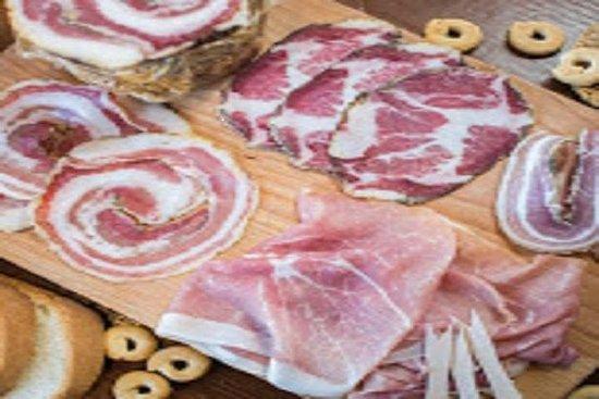 Capocollo van Martina Franca: Food ...