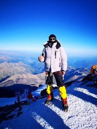 Elbrus, Ρωσία: На Вершине Эльбруса!