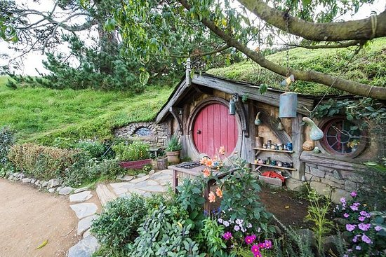 Full-Day Hobbiton Movie Set...