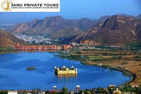 Fascinating Day Tour of Jaipur with...