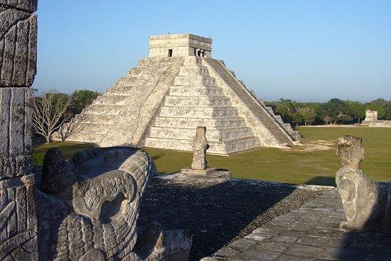 Chichén Itzá con almuerzo y cenote de...