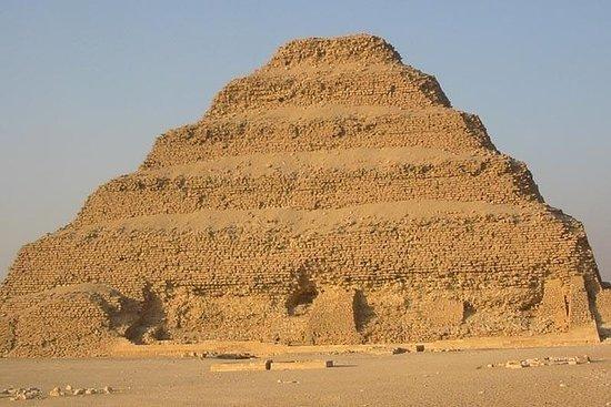 Tour privado de dos días en El Cairo...