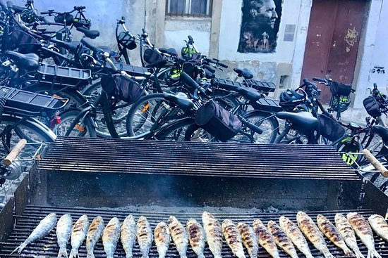 Gå Smag Lisboa med elektrisk cykel