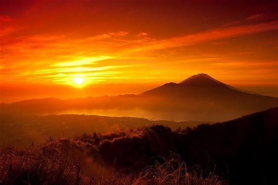 Sunrise Trekking And Breakfast With...