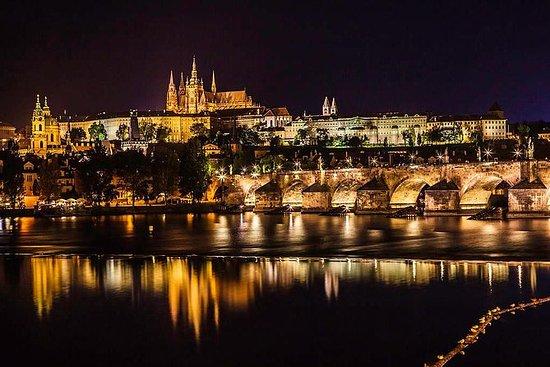 Spaziergang durch Prag und Bootstour...