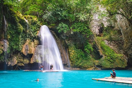 Kawasan Waterfalls - SHARED TOUR