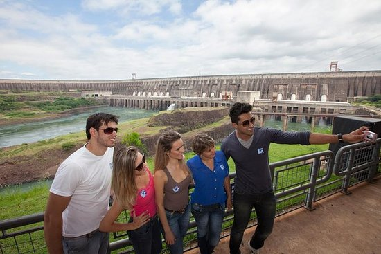 Represa de Itaipu y Cataratas de...