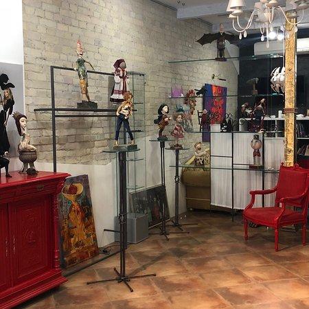 Parsuna Dolls Gallery
