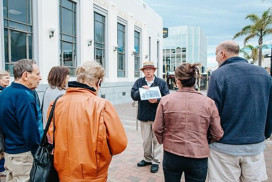 Guided 2pm Afternoon Art Deco Walk...