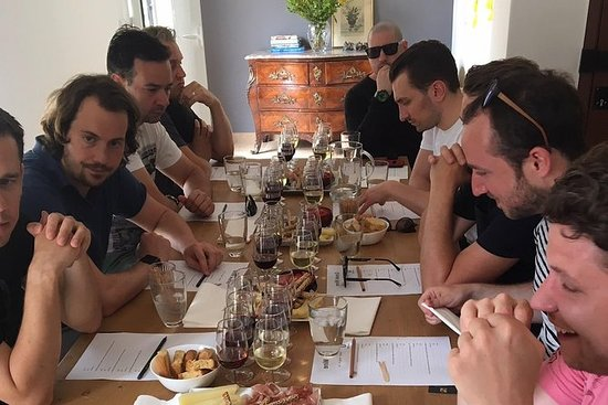 Dégustation de vins grecs et cours de...
