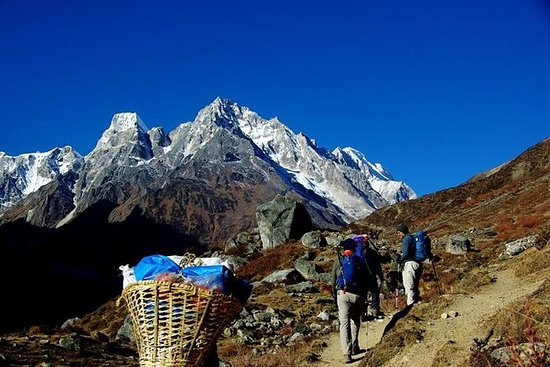 The Manaslu Trek - Trekking in Nepal