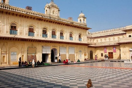 Ayodhya Tour From Lucknow (stesso