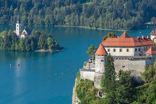 Alpine Lakes: Lake Bled and Triglav...