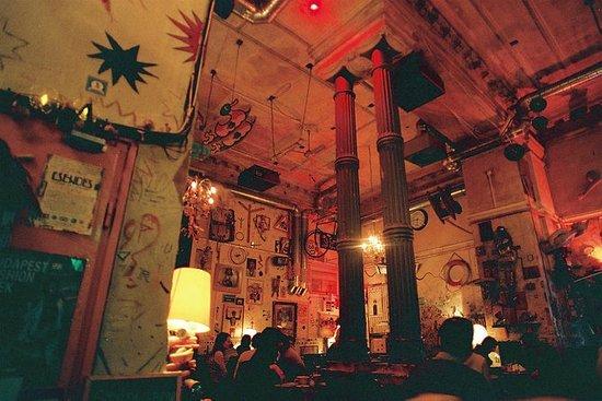The Underground Hotspots - Uma...