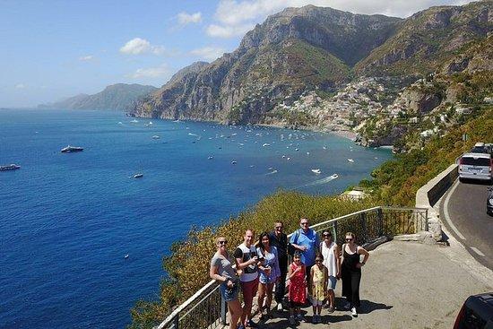 Route privée entre Pompéi et la côte...