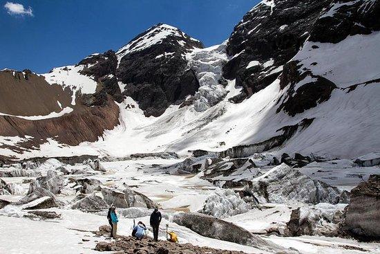Hanging Glacier Hiking en Andes Heart