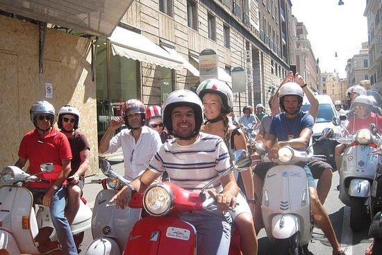 Tour Castelli Romani Vespa de Rome...
