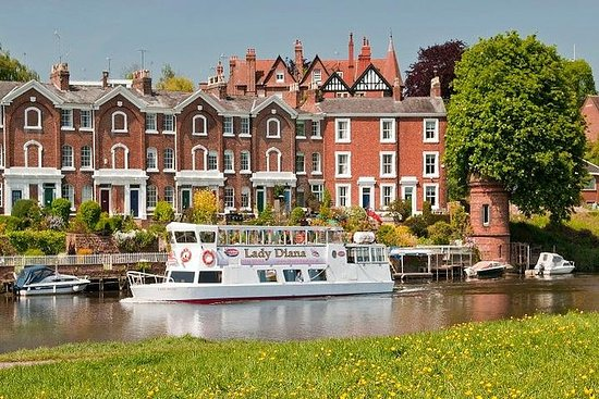 30-minute City Cruise on River Dee in...