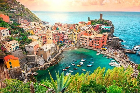 Discover the Best of Cinque Terre...