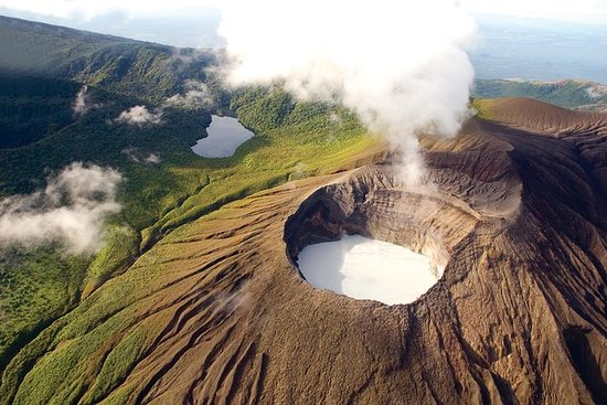 Volcano Adventure Helicopter Tour