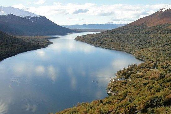 Lacs Escondido et Fagnano jusqu'à la...