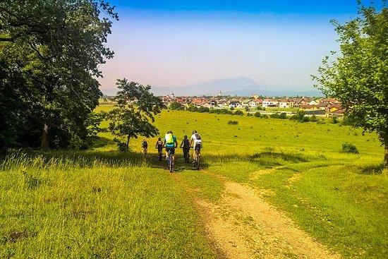 60 km à vélo de Brasov à Rasnov et...