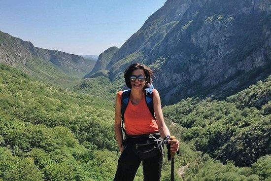 在莫斯塔尔,Canyon Bijela徒步旅行