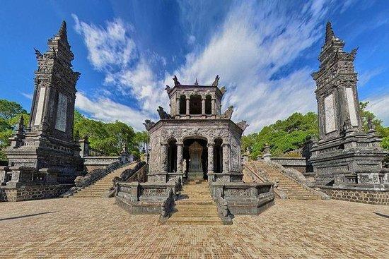 Hue City Tour_Kleinere Gruppenreise...