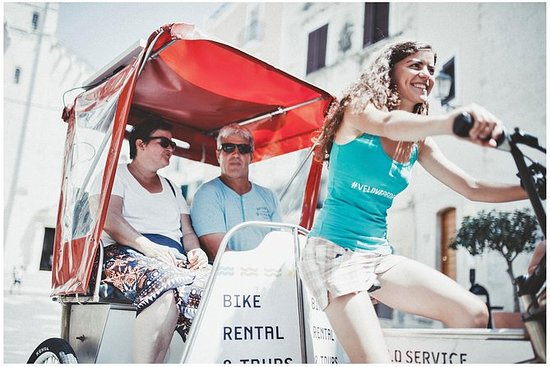 Tour de Bari Rickshaw