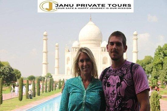 Tour privado de un día al Taj Mahal...