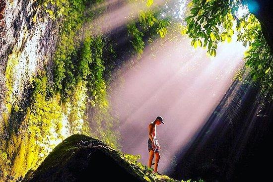 Tukad Cepung Waterfall Hiking Tour