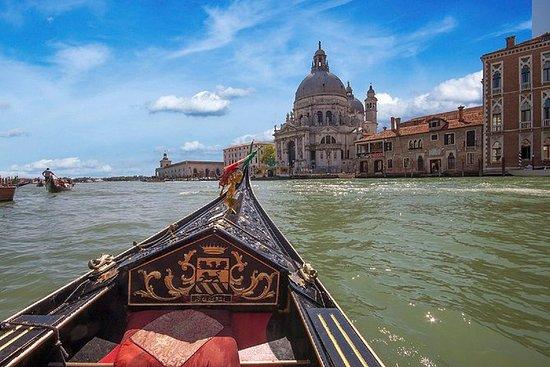 Gondeltocht en diner in Venetië