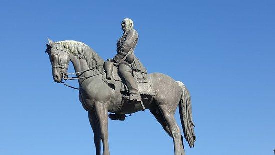 Equestrian Statue of Artur Gorgey