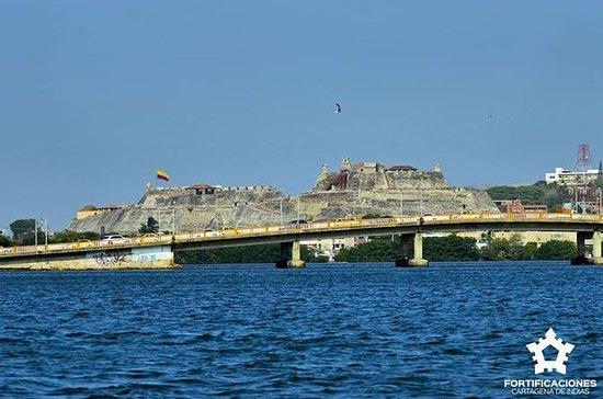Entrada al Castillo de San Felipe de...