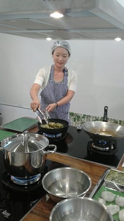Blue Bangkok Thai Cooking Class