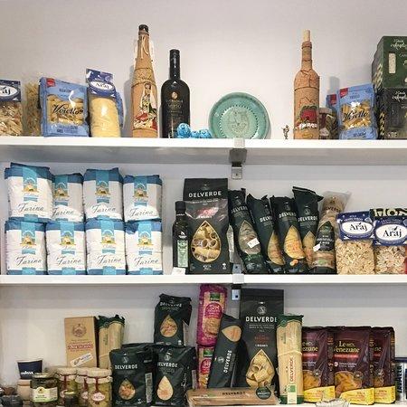 Productos italianos a la venta en nuestro local