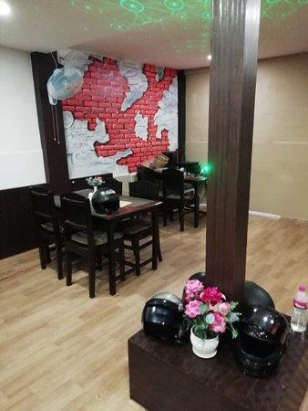 Murchunga Restro & Bar