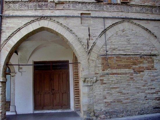Ripatransone, Itálie: Casa Teodori